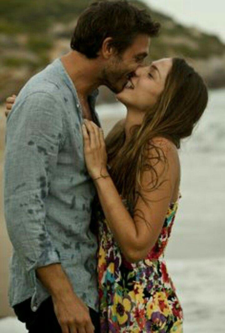 El amor es algo que te falta en la vida el amor amor es muy  importante  pero cundo no tienes ese amor que tanto necesitas  te vas muriendo poco a poco y más cuando amas a una persona 😔😔