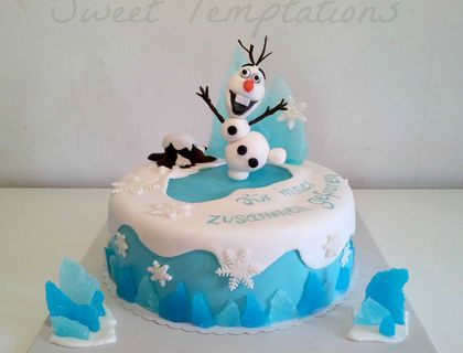 Frozen Cake With Olaf Cake Is Filled With Vanillasponge And Coconut White Chocolate Cream Thx For Lookin Torte Kindergeburtstag Kinder Kuchen Kindertorte