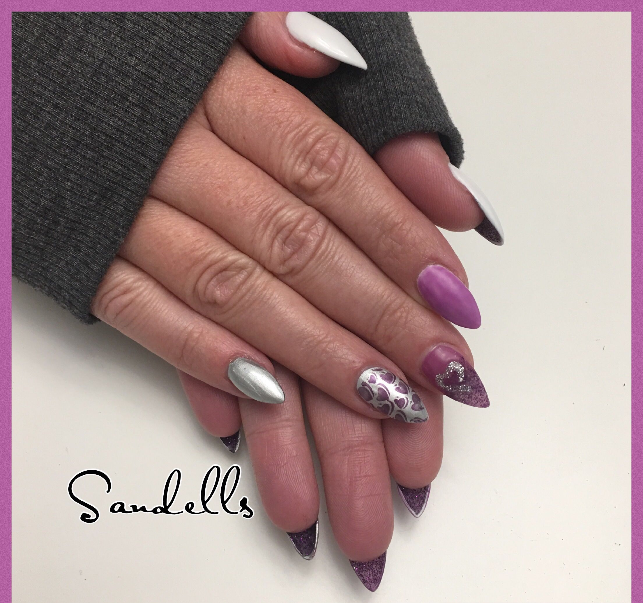 UV Gel Nails Purple Colour Change Polish Silver Almond Shape