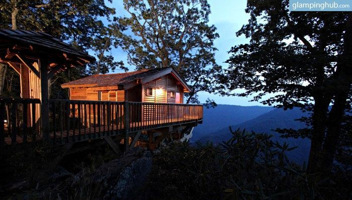 Spectacular Tree House for Two with Views of Blue Ridge Mountains Virginia The perfect glamping retreat in Virginia