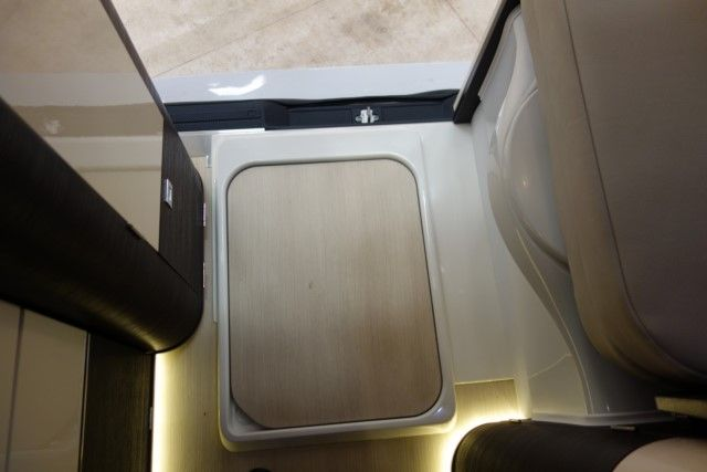 mercedes cdi jules verne 2 2l 136hp westfalia top auto. Black Bedroom Furniture Sets. Home Design Ideas