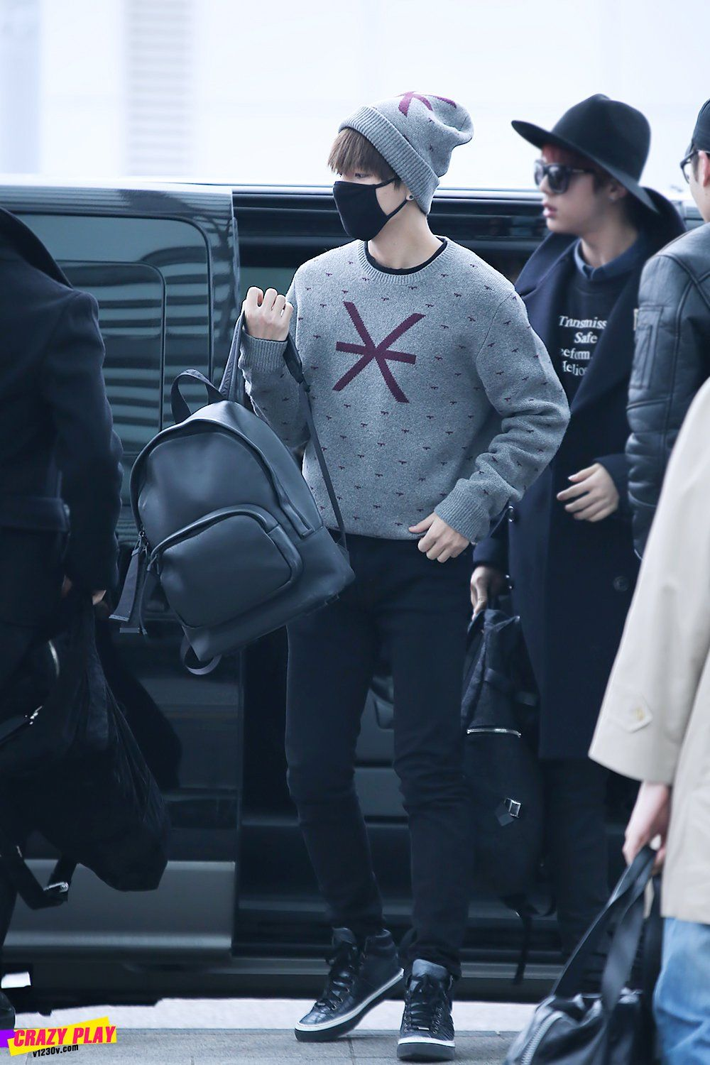Bts Airport Fashion 2015 Google Search Airport Style Korean Fashion Kim Taehyung