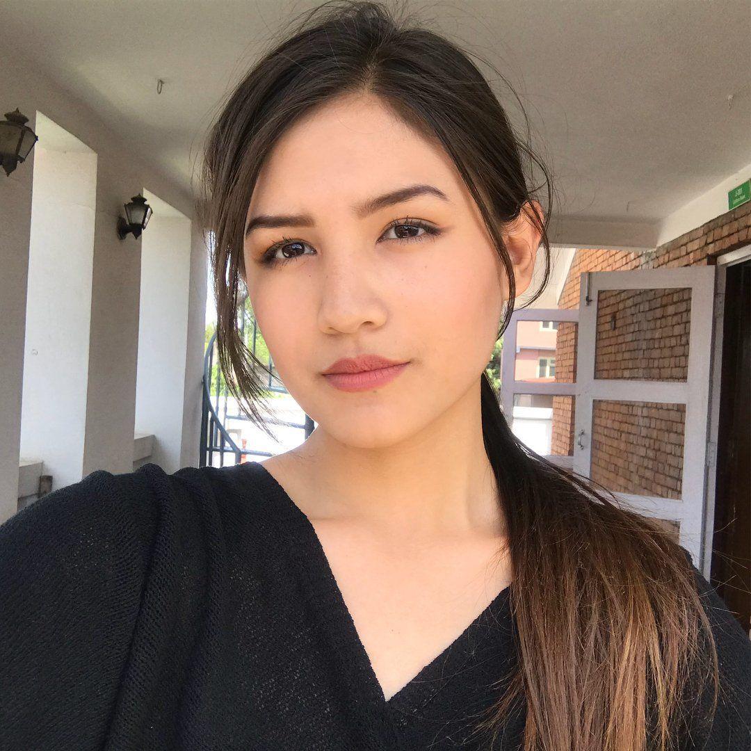 Nepali Heroine Model On Twitter Beauty Around The World Model Beauty