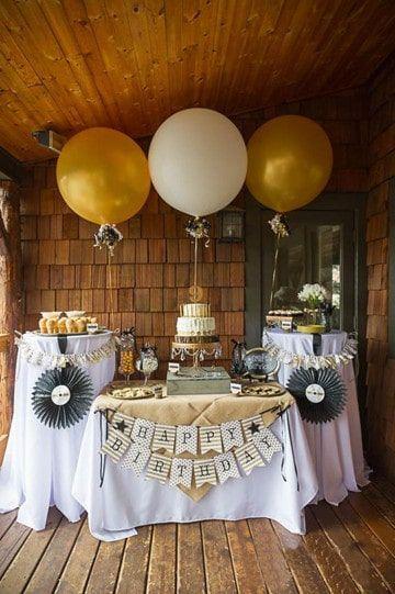 Hermosos centros de mesa para 50 a os de matrimonio for Decoracion salon 50 anos hombre
