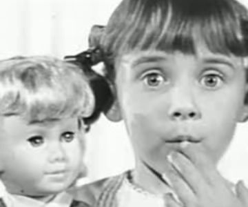 Old 1960s TV Commercial - Mattel's Chatty Cathy Doll
