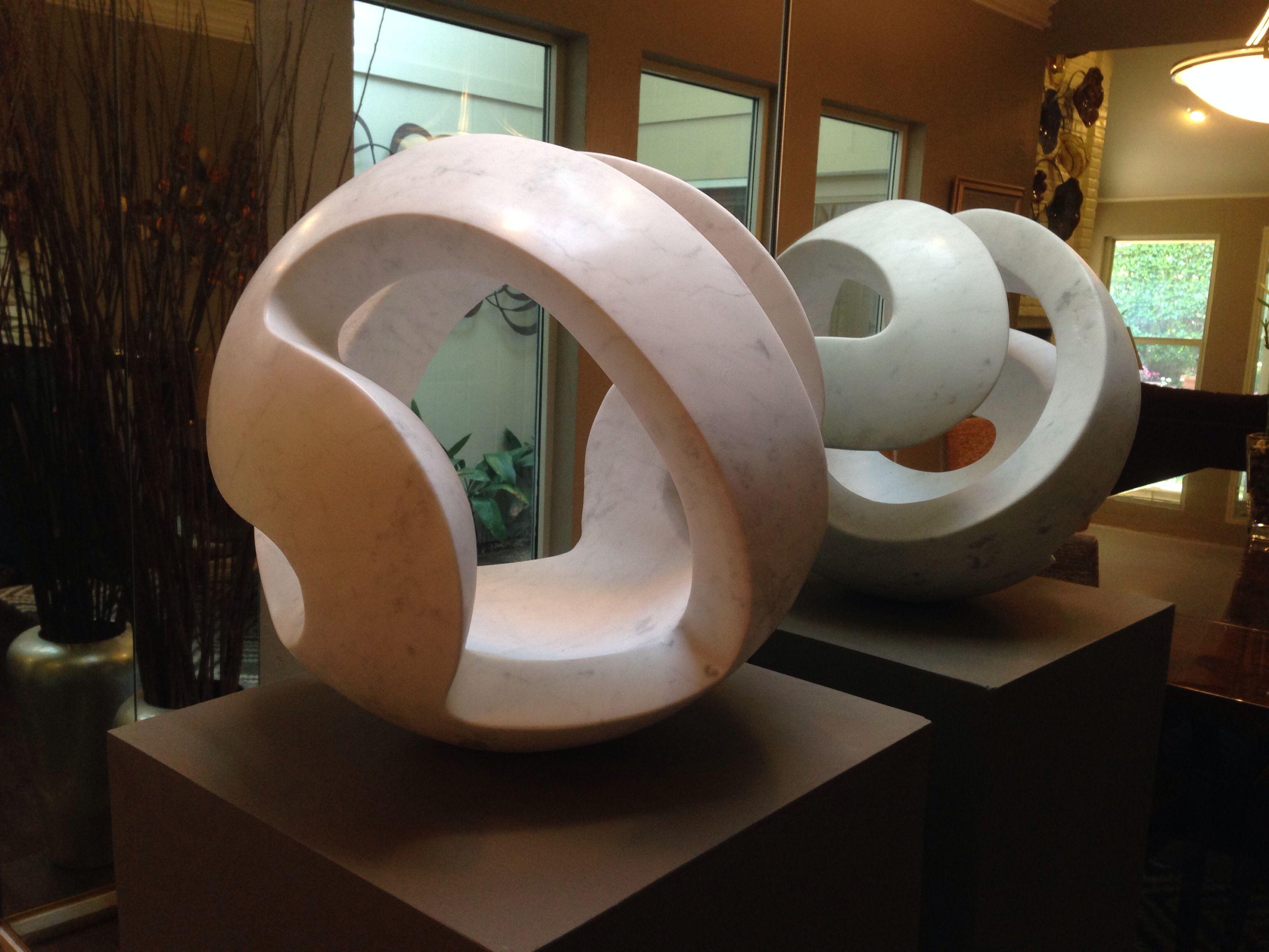 Carrara marble abstract sculpture beeldhouw voorbeelden