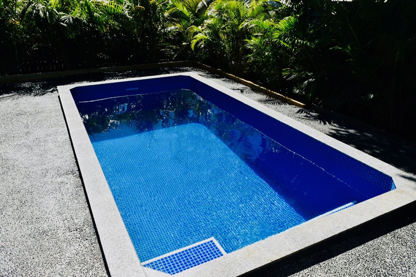 Rectangle Plunge Pool // Manufactured by Allcast Precast ...