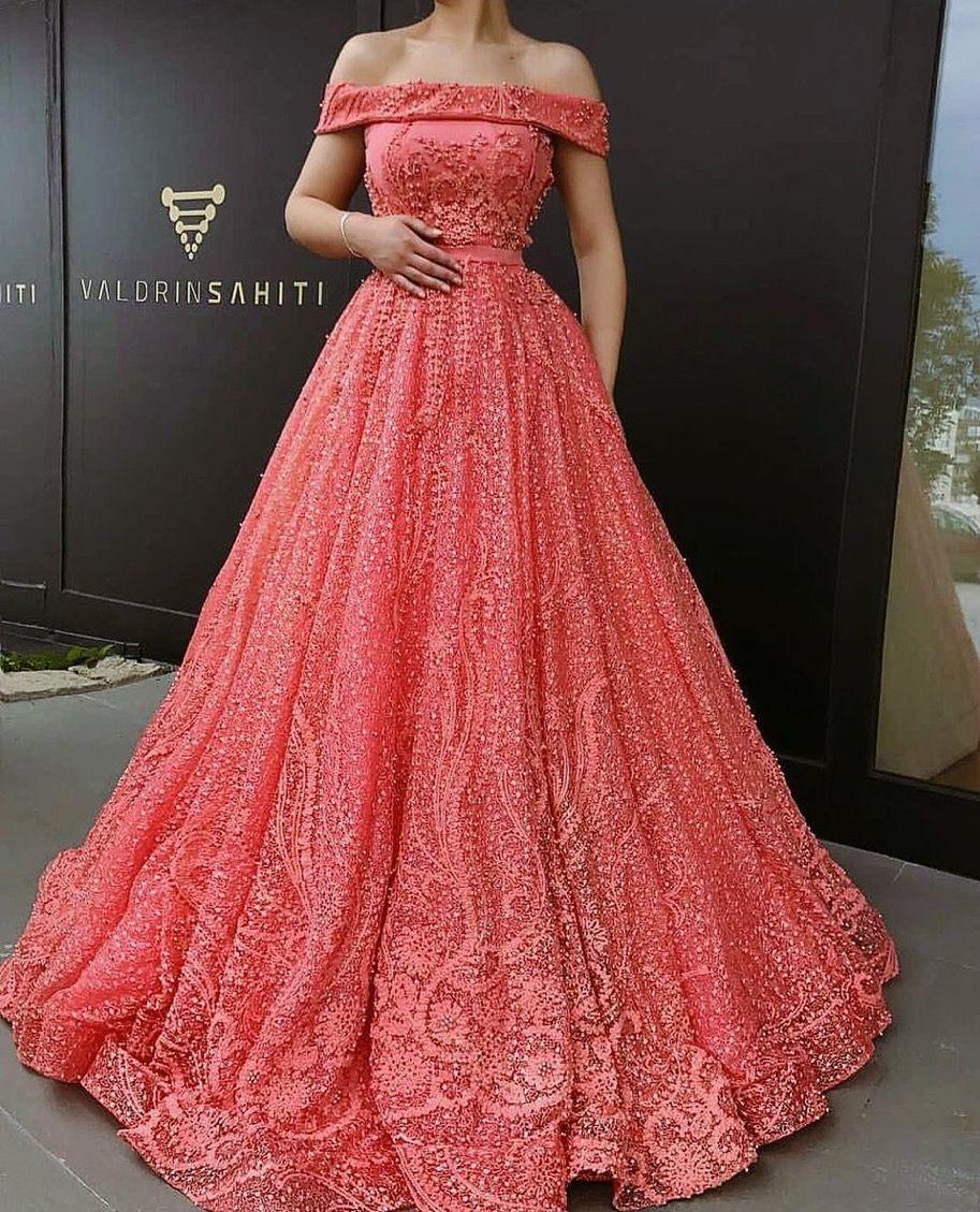 Lace dress vintage april 2019 Gloria Rwehumbiza grwehumbiza on Pinterest