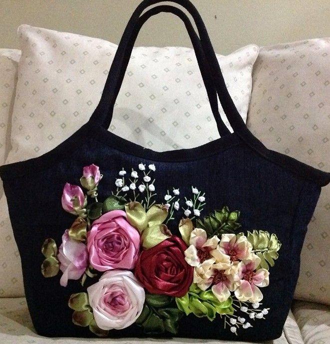 Con bordado rosas en cintas bolsos pinterest ribbon