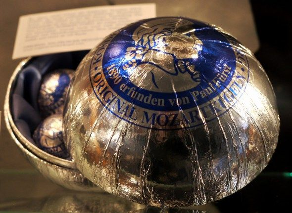 Mozartkugeln – The Original is Silver! – travel potpourri