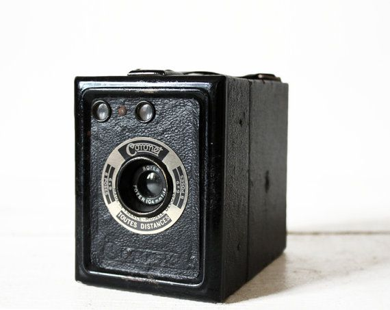 Vintage CORONET Tiranty BOX camera with Boyer by uneviedeboheme, $60.00