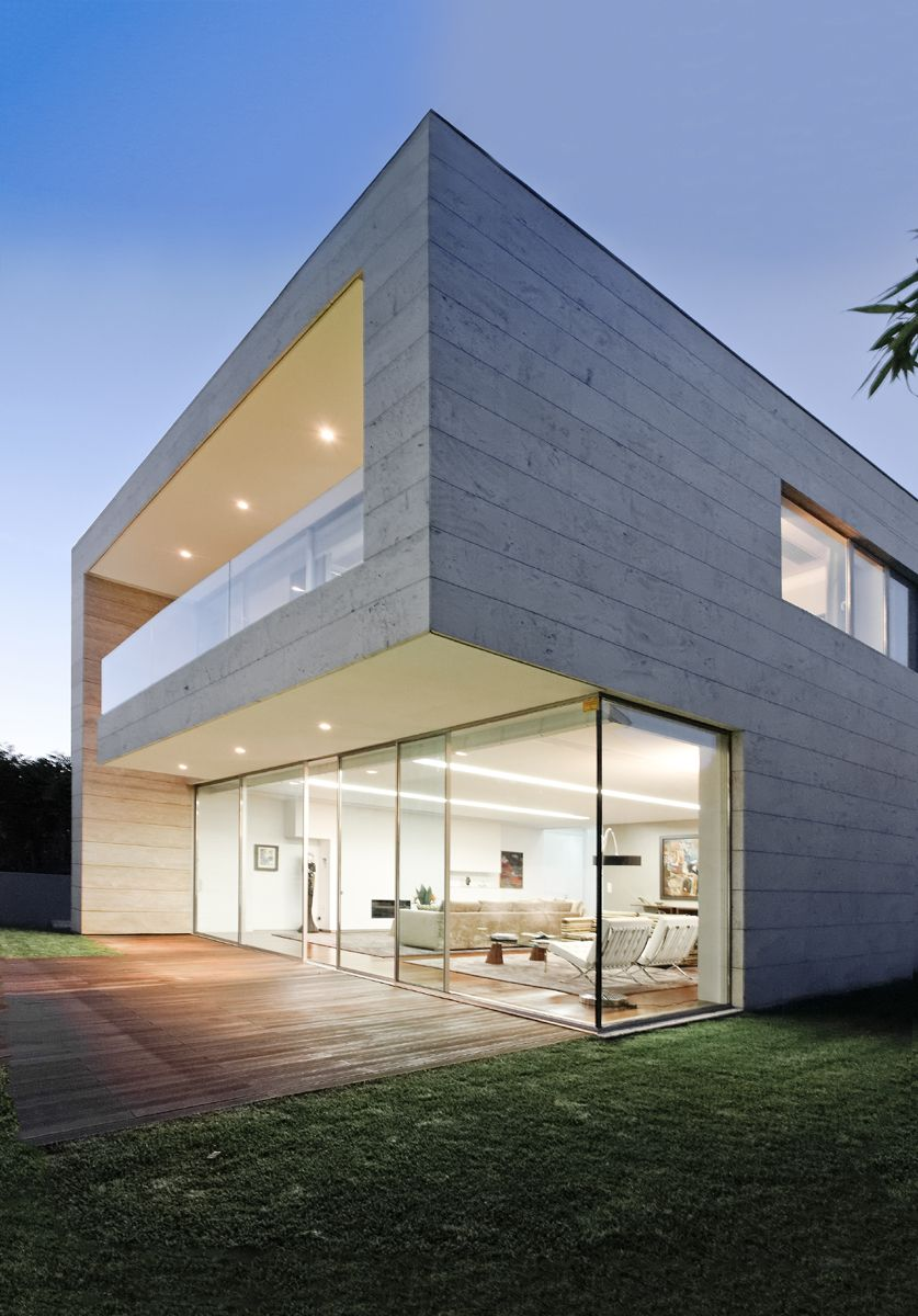 Luxury glass and concrete home design at open block house for Modern house facade home design