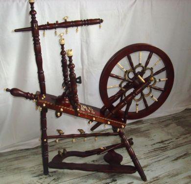 altes spinnrad aus elfenbein 1895 in niedersachsen niedernw hren kunst und antiquit t 03. Black Bedroom Furniture Sets. Home Design Ideas