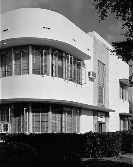 Art Deco Design: Major Decorative Style Of The Roaring Twenties