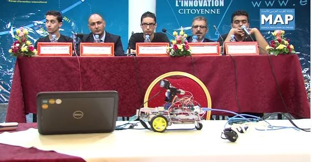 Fabrican En Marruecos Un Robot Que Se Maneja Con La Vista #Video