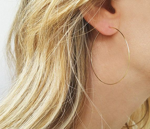 Jennifer Zeuner Large Hoop Earrings in 18K Gold Plate 3c2orErB