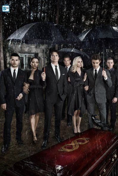 The Vampire Diaries S8 Cast Promotional Photo Con Imagenes