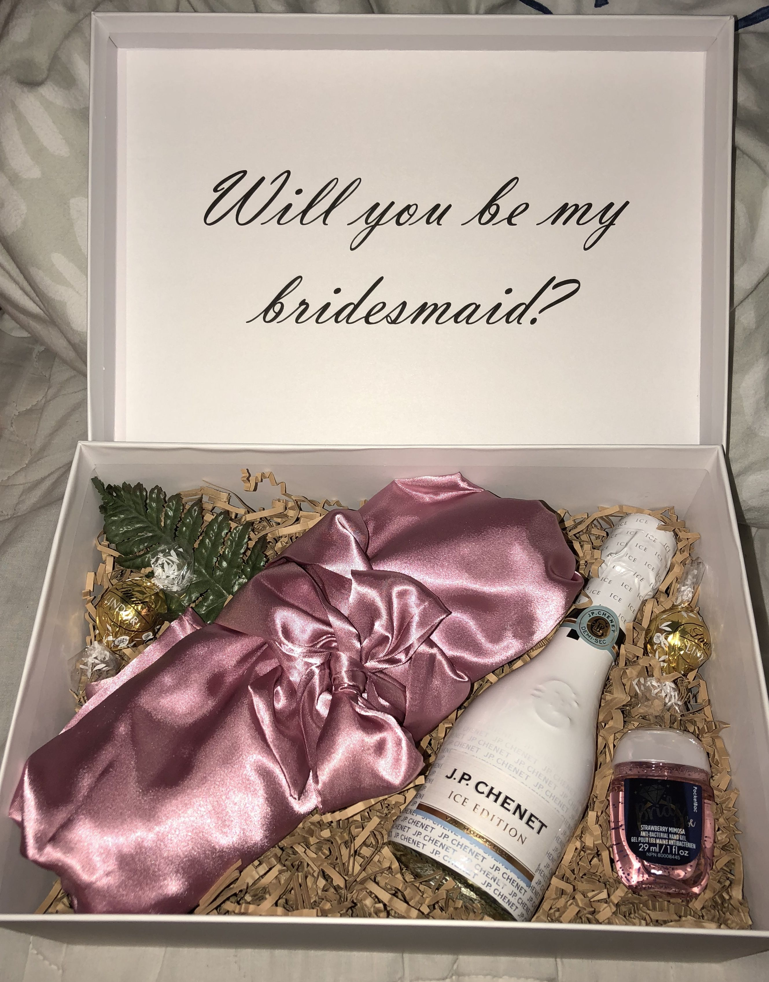 Personalised Luxury Bridesmaid Box Bag Proposal Flower Girl Gift Wedding Robe