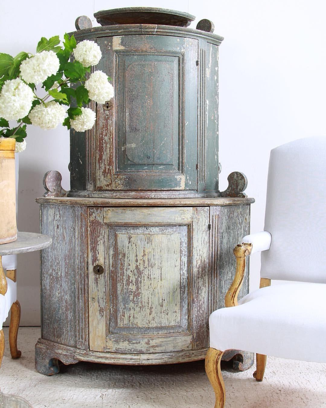 Gustavian Corner Cupboard Antique