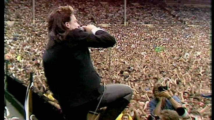 """U2 singing """"Bad"""" @ Live Aid 1985 (Best Quality). Discover our upcoming Worldwide Benefit Concert Series @… http://ibeebz.com"""