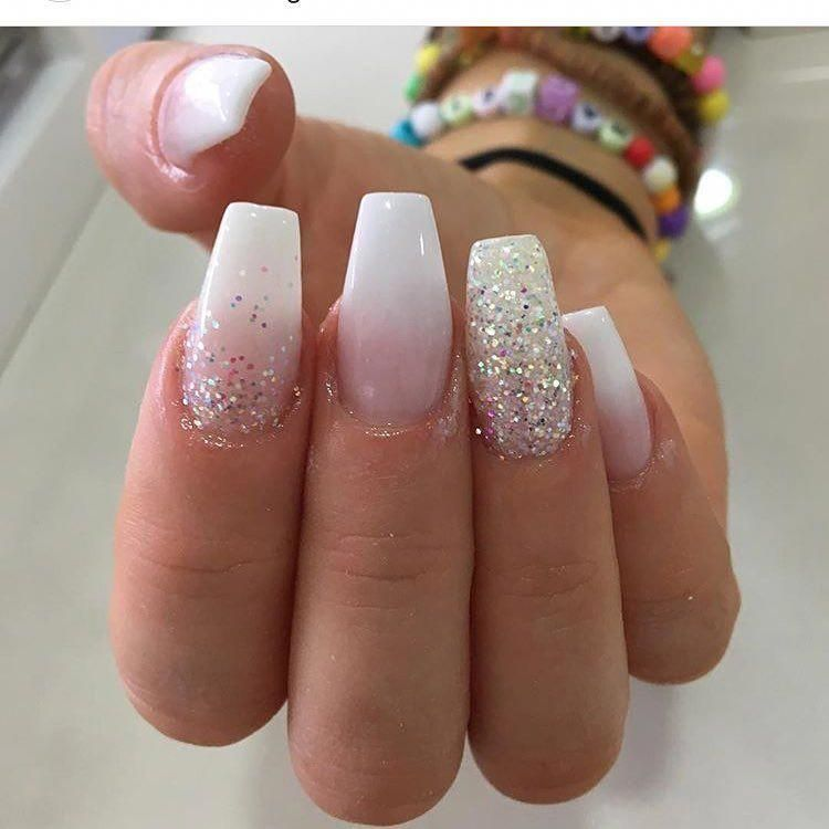 Glitter Nails White And Gold Scholl Nail Care Products White Glitter Nails White Acrylic Nails With Glitter Ombre Nails Glitter
