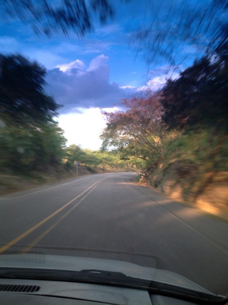 Pinturas en el camino