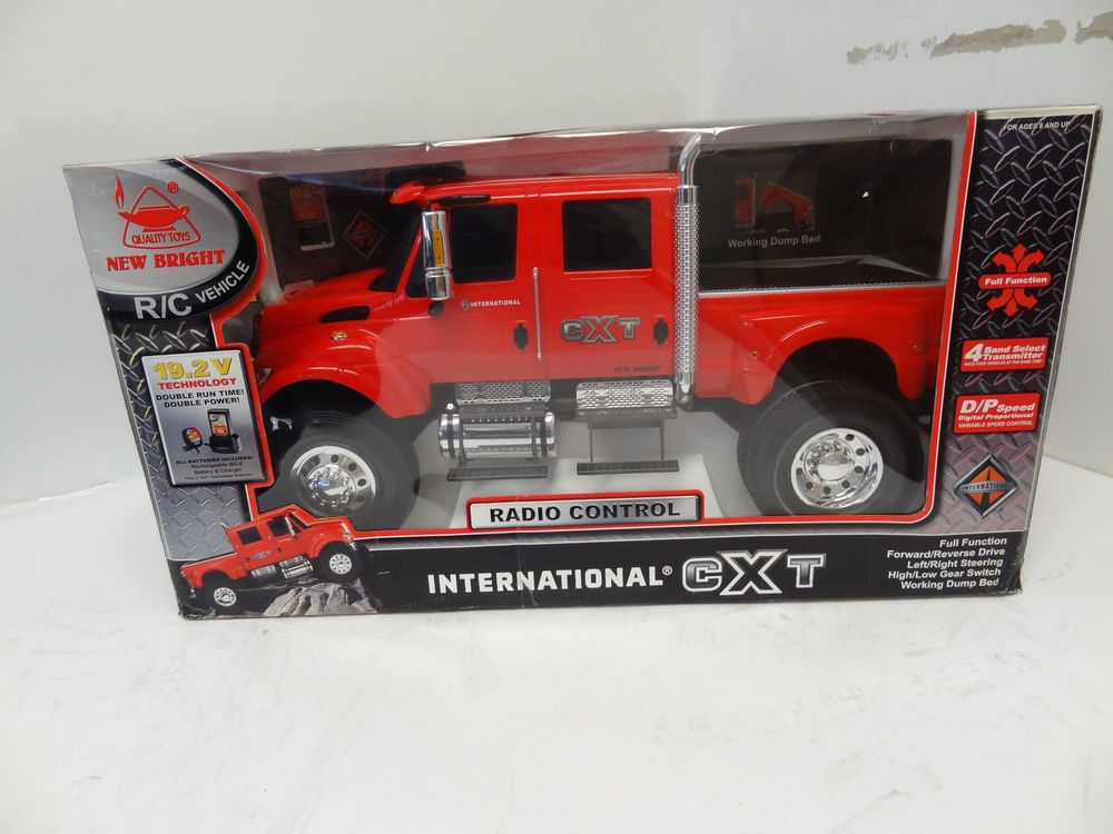 d66babddee37 New Bright Radio Control RC International CXT 1 6 Scale Red Truck Super  Rare NIB  NewBright