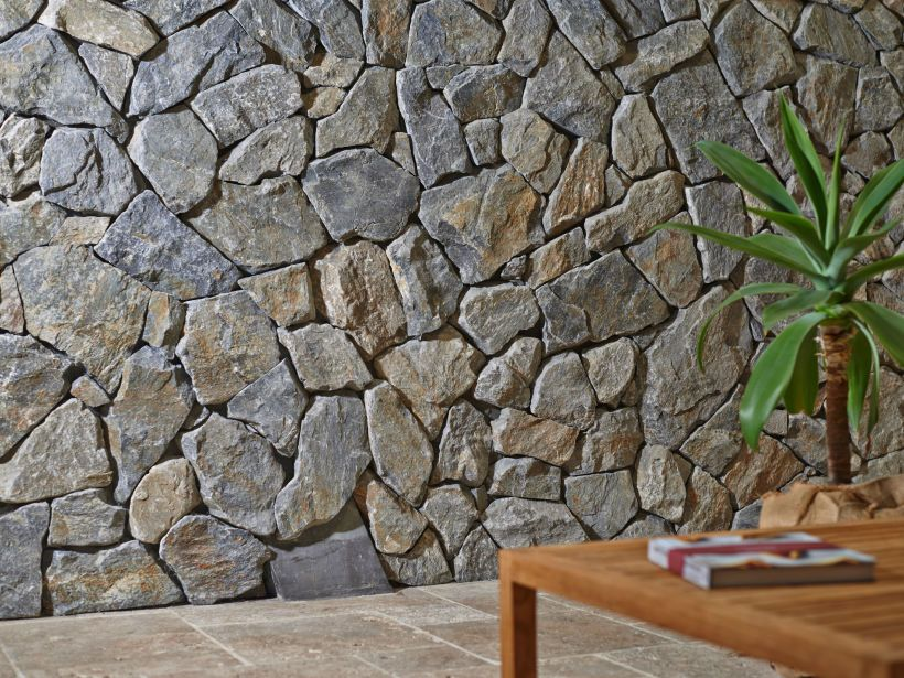 Eco Outdoor Wamberal free form walling close up. | Eco Outdoor | Wamberal  free