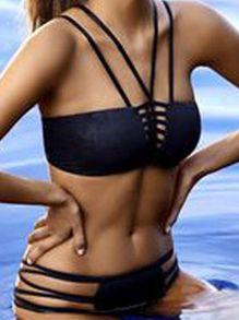 0f5f3a7847718 Triangel-Bikini mit Spaghettiträger und hohlem Design -schwarz- German  SheIn(Sheinside)