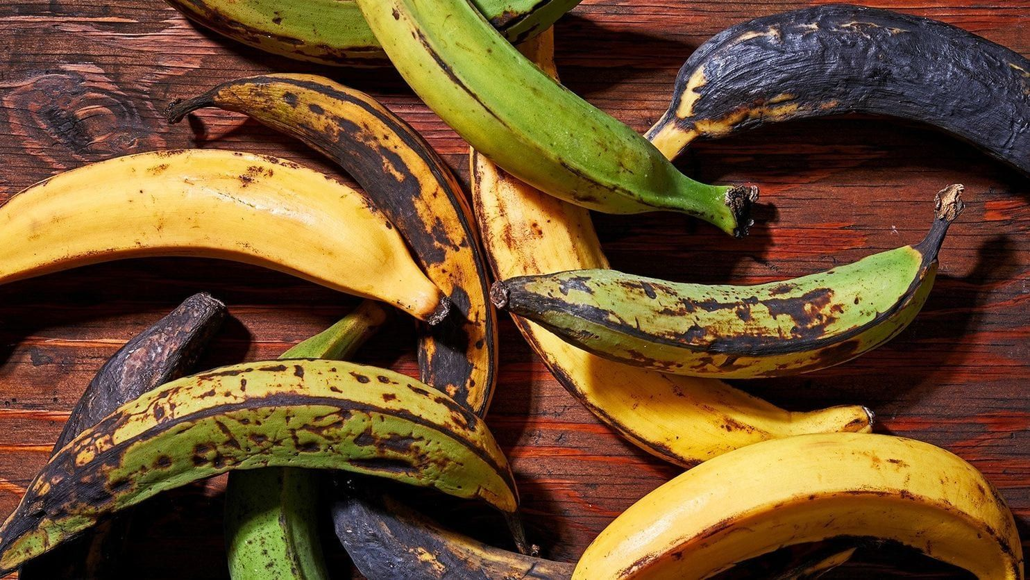 A Guide To Buying Cooking And Enjoying Plantains Bananas More Versatile Cousins Plantains How To Cook Plantains Cooking Green Beans