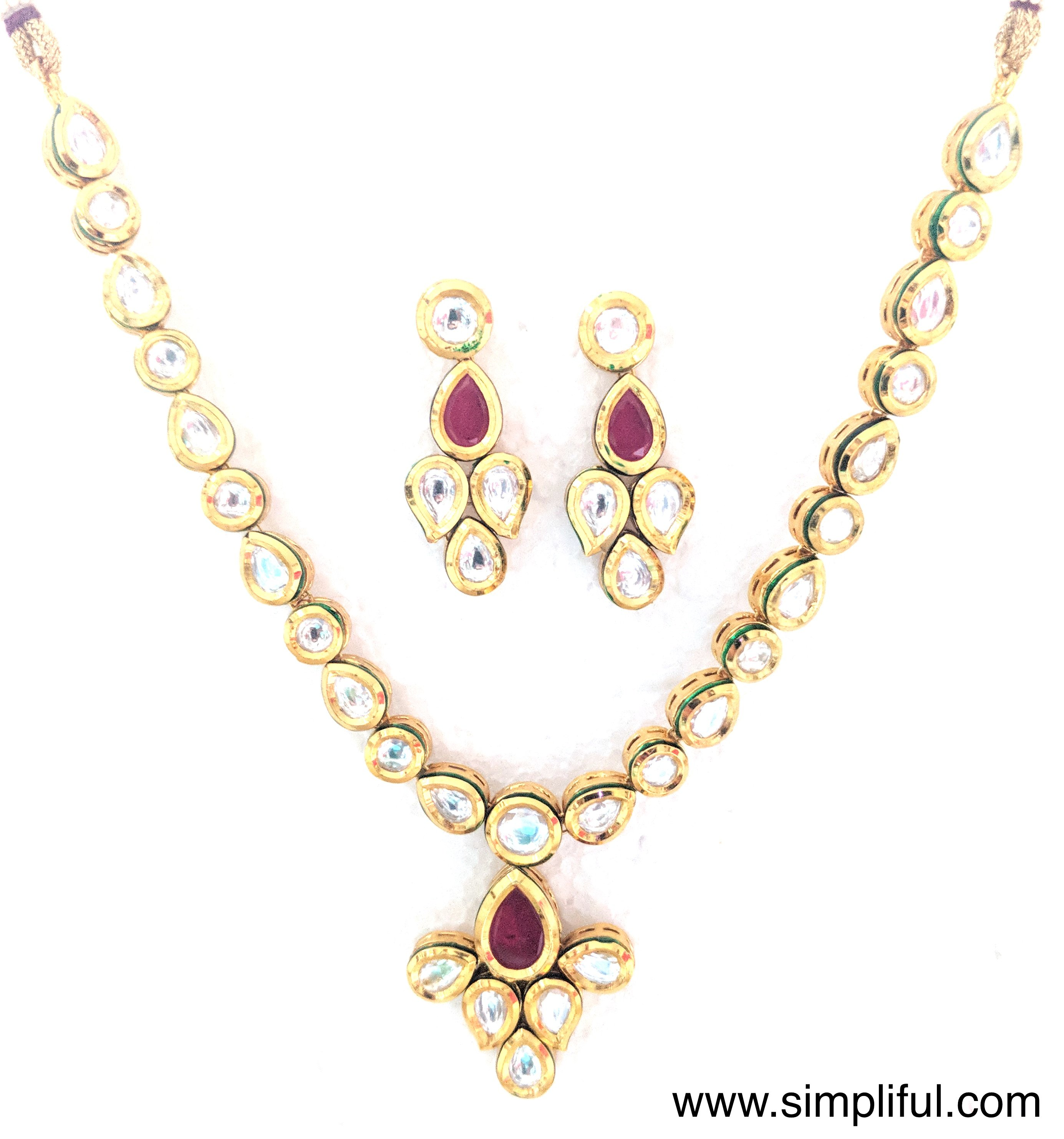 Simple grape pendant kundan necklace and earring set products