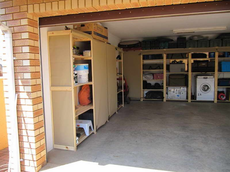 Ideas diy garage shelves with brick walls different types for Garage building ideas