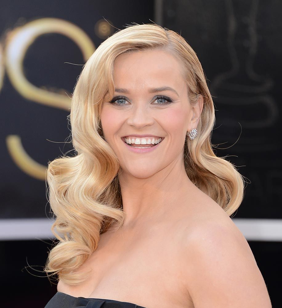 cool 90+ Prettiest Reese Witherspon Hairstyle Photos | Mom