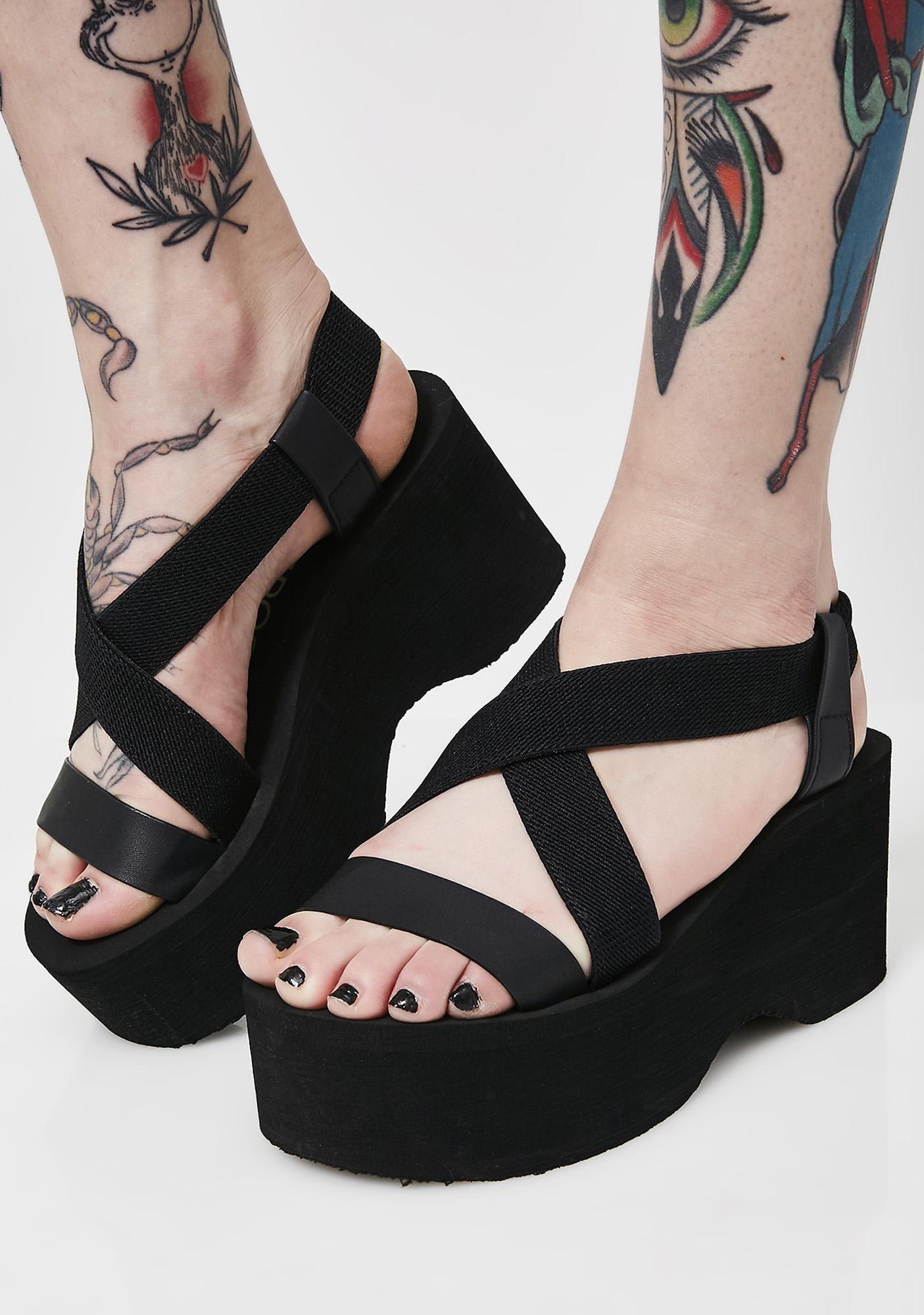 Platform Sandals | Black platform