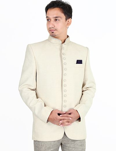 A Jodhpuri coat suit is the best attire to wear on Reception. Product code - G3-MCO0324