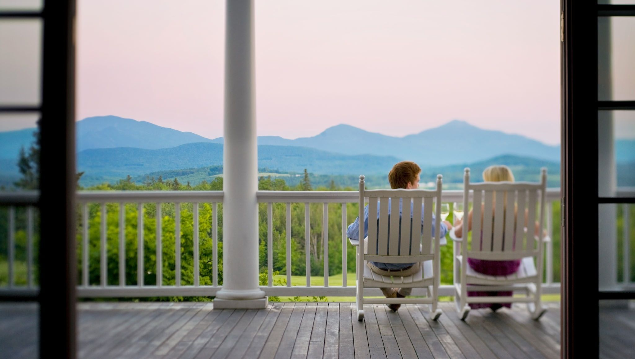 These historic New England honeymoon locales are full of tradition, beauty, and romance.