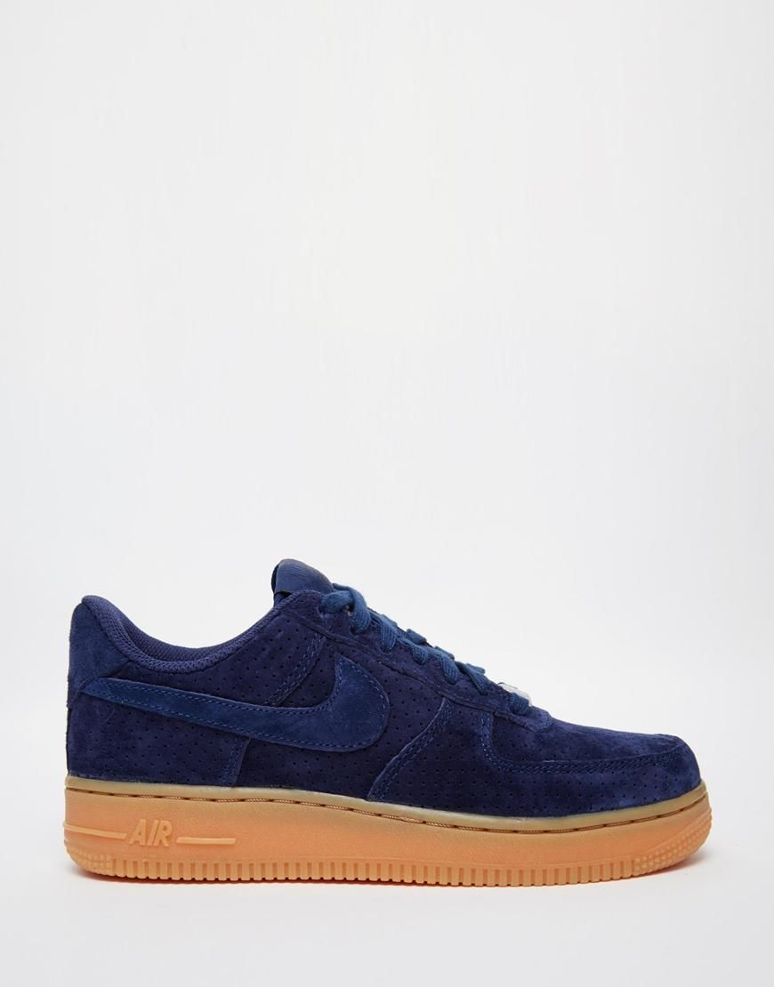 Conception innovante b4751 6f808 Nike | Nike - Air Force 1 07 - Baskets en daim - Bleu marine ...