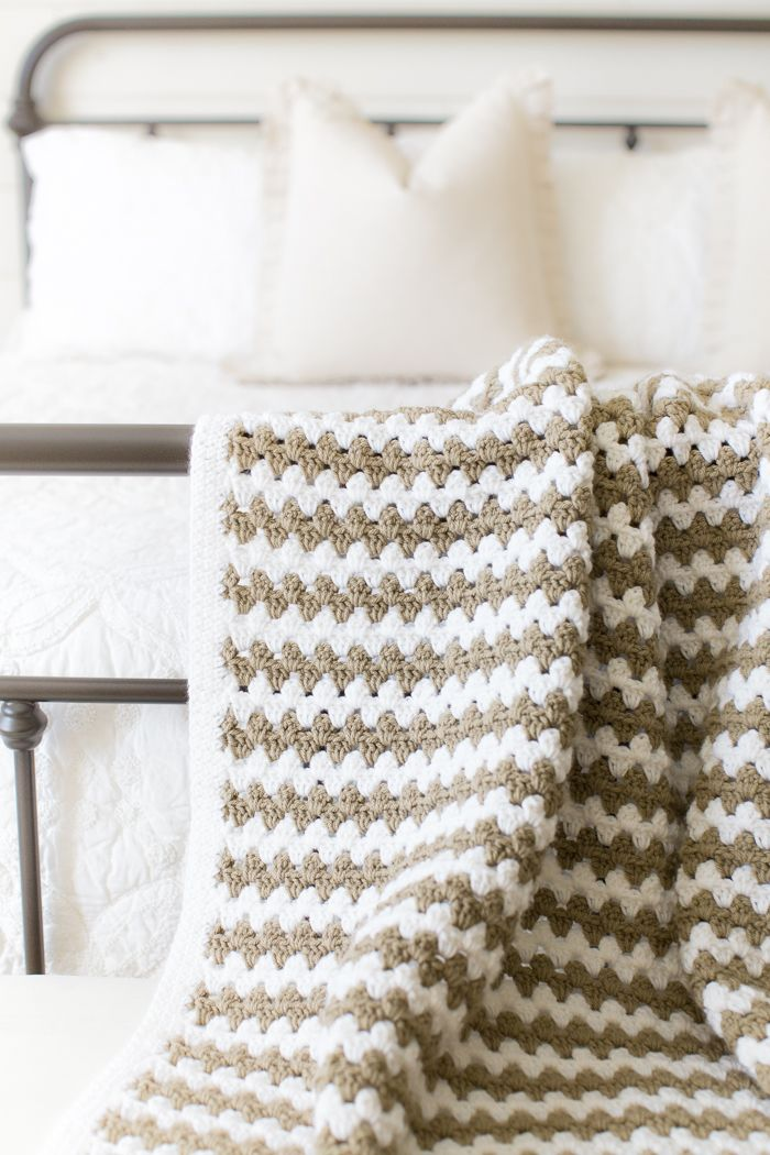 Simple Granny Stripe Afghan | Pretty Crochet Free Patterns and ...