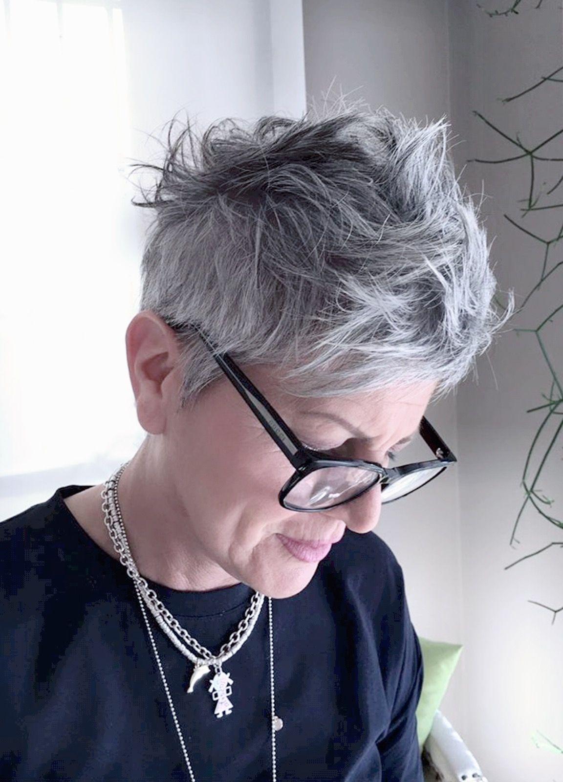 Messy Grey Crop Short Grey Hair Haircut For Older Women Short Hair Styles Pixie