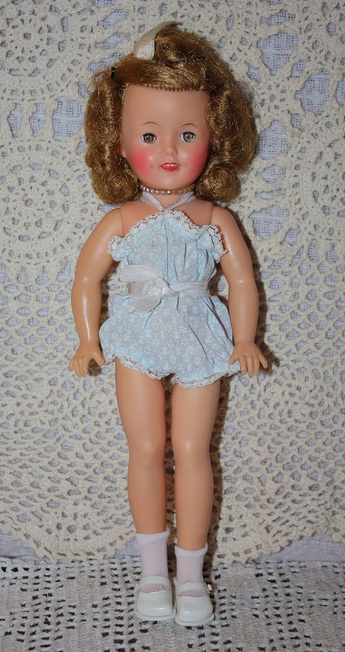 Ideal 12 Inch Shirley Temple 1950s Shirley Temple Shirley Beautiful Dolls