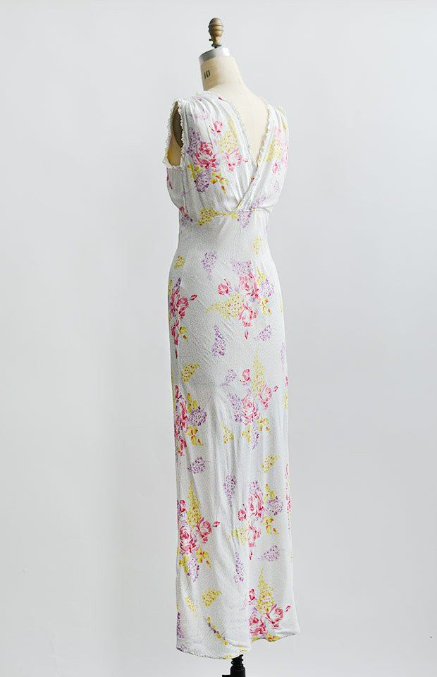Mia Mona Gown | Vintage outfits, Vintage inspired outfits ...