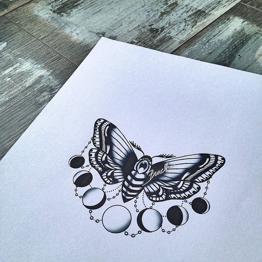 Oldschool Moth With Moon Phases With Images Moth Tattoo Design Tattoos Moth Tattoo