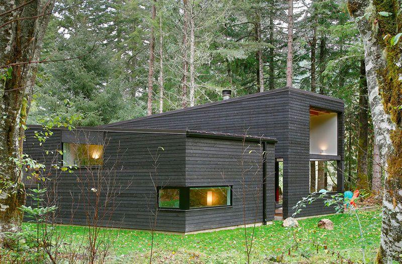Maison contemporaine en bois noir de Robert Hutchison Architecture - Photos De Maison Moderne