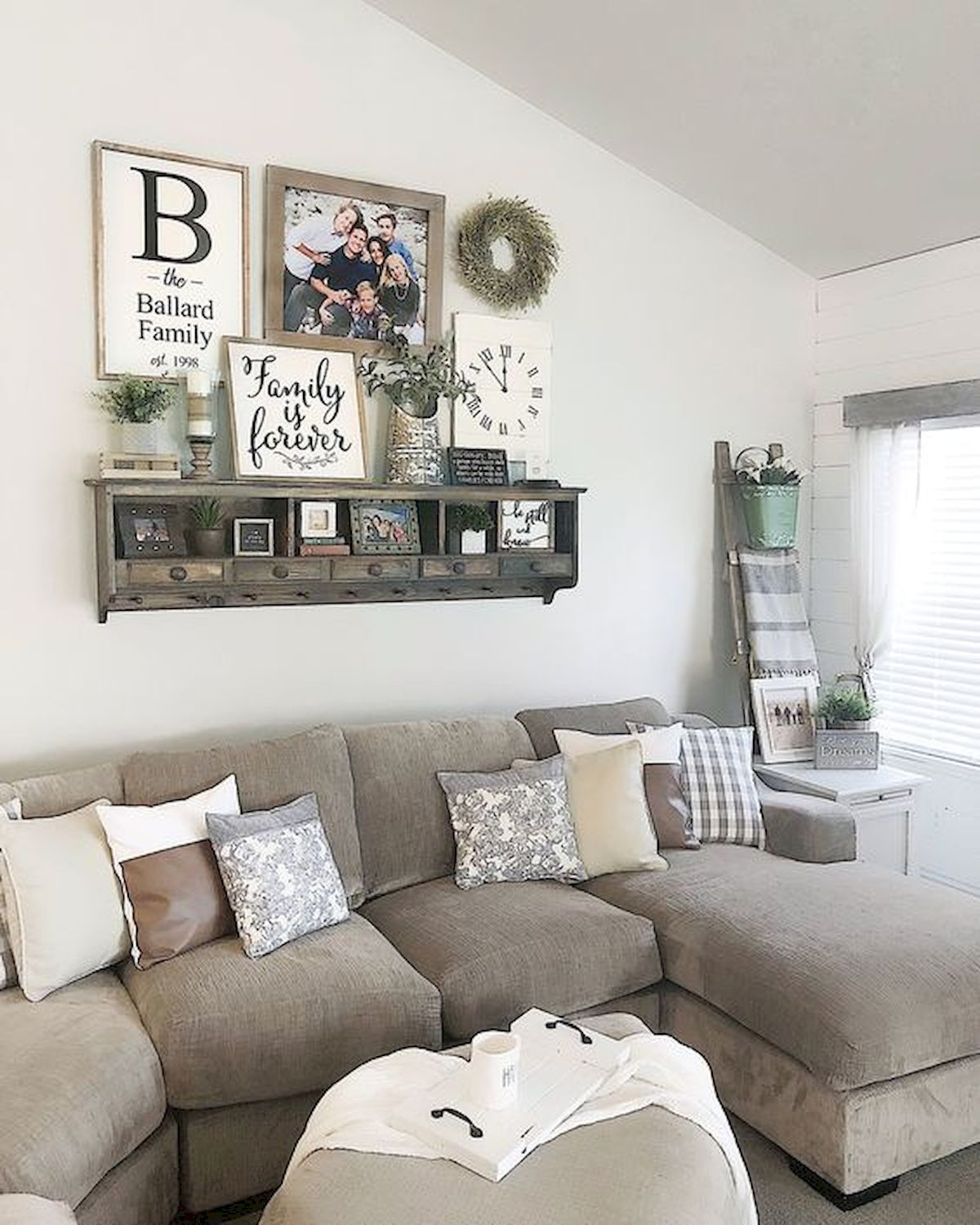 75 Best Farmhouse Wall Decor Ideas For Living Room 1 Ideaboz In 2020 Wall Decor Living Room Farmhouse Decor Living Room Family Room Walls
