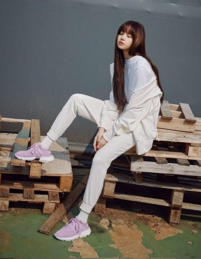 Blackpink Lisa Adidas Blackpink Pinterest
