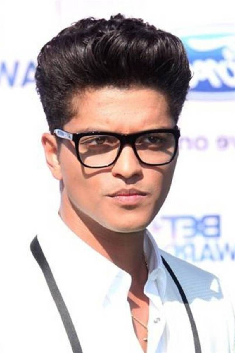 Mens Hairstyles With Glasses Celeb Bruno Mars Pompadour Black Men Hair Styles Http