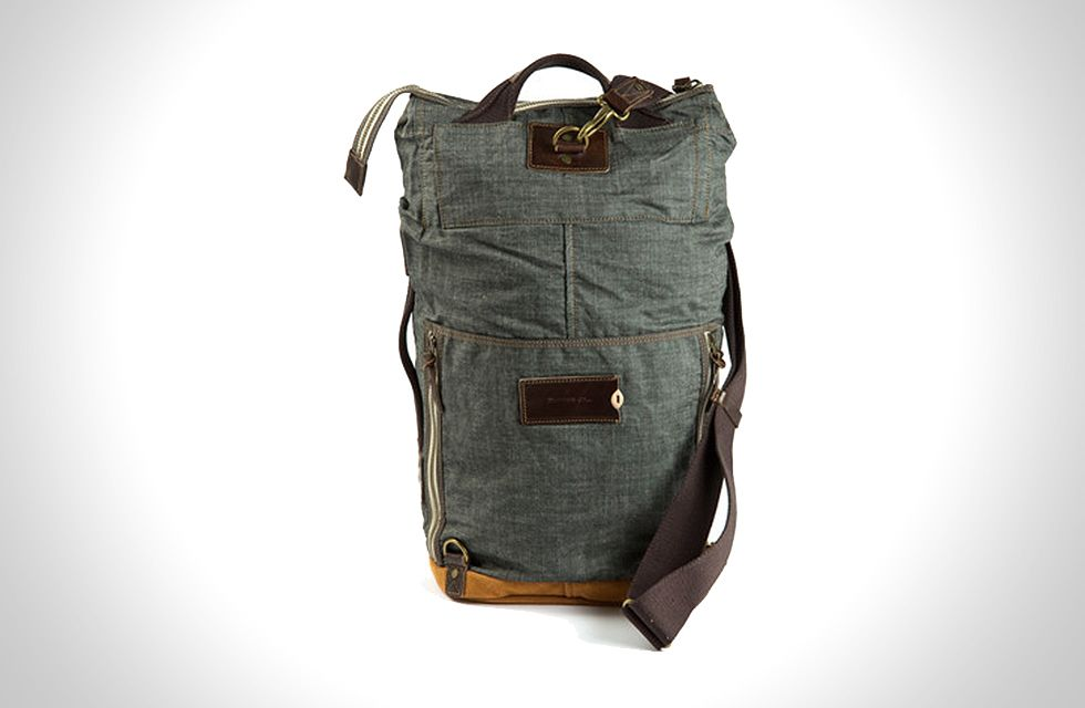 Carter Duffle Bag Ever Wish You Could Wear Your Messenger Like A Backpack Or Visa Versa Now Can With The 260 From Property
