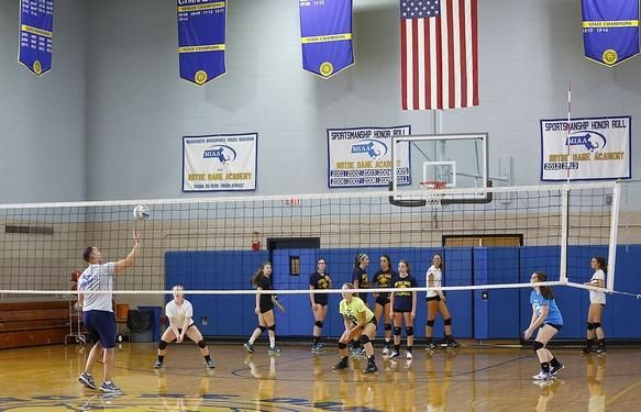 Photos H S Volleyball Notre Dame Academy No Stranger To Success Notre Dame Academy Fall Sports Volleyball