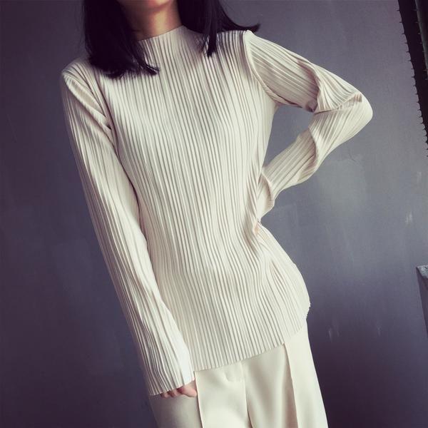 Meg Pleated Long Sleeve Top