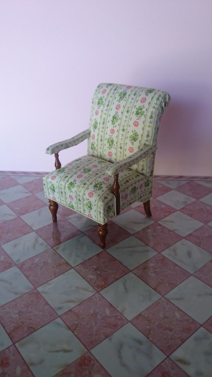 Escala 1:12 Acabado Natural De Madera Hall Aparador tumdee Muebles de Casa de Muñecas 150